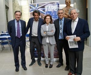 Pedro J. Ramírez, Manuel Mora, Elsa González, Manuel Gonález y Miguel Ángel Aguilar