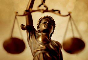 """""""Informar en justicia: Juicios paralelos e influenciamediática"""""""