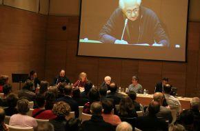 La ASPE, en el homenaje a los periodistas represaliados en Salamanca durante la GuerraCivil