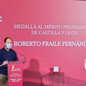 La ASPE participa en la entrega de la Medalla al Mérito Profesional a título póstumo a RobertoFraile